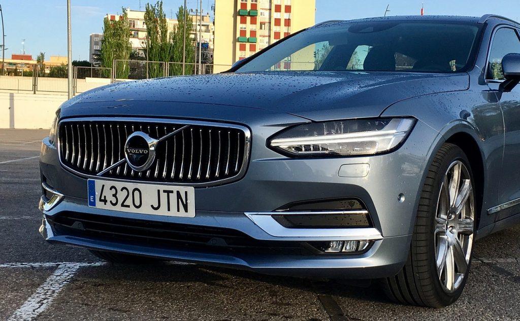Volvo V Auto Car Automobile